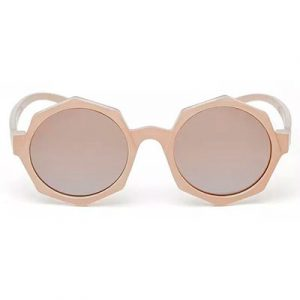 oculos trico 1 300x300 - Tendência do tricô: como enfrentar o inverno cheia de estilo