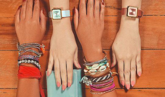 capa blog 2019 02 fevereiro post08 540x317 - Trend Alert: mix de relógio com pulseiras (muitas pulseiras!)