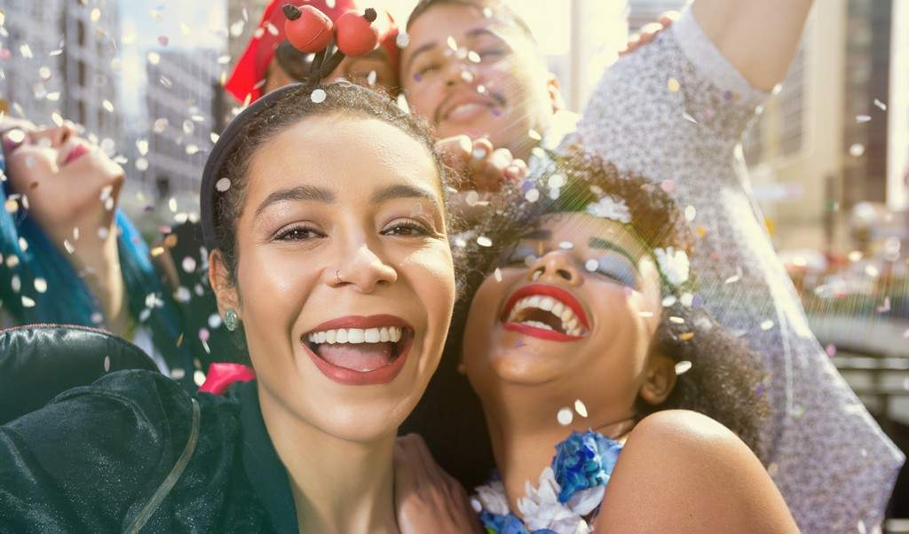 looks de carnaval capa 1 - Looks de Carnaval: 5 dicas para quem não curte se fantasiar!