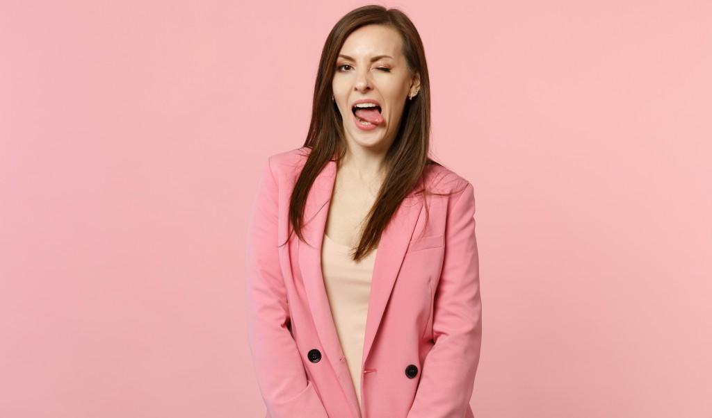 LOOK ROSA CAPA - A cor rosa voltou com tudo. Aprenda a usar a cor sem cair no óbvio!