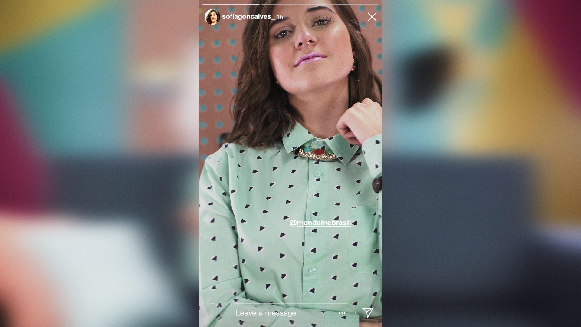PRE EDIT MONDAINE CAMISA BOTAO V01 compressed - Como usar sua camisa de botão de 6 formas BEM diferentes? Veja no vídeo do Ouse Todo Dia!