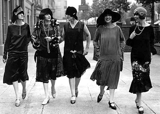 anos20 - Moda e empoderamento feminino. Veja no Ouse Todo Dia!