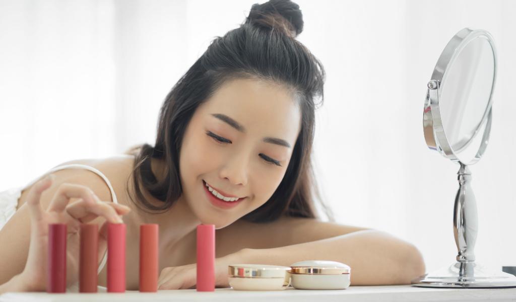 produtos multifuncao guia maquiagem necessaire - Guia de maquiagem: 5 produtos multifunção para otimizar (e baratear) sua nécessaire!