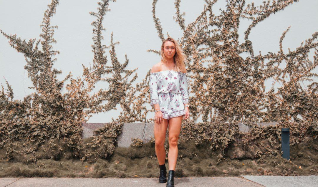 vestidocombota 1080x635 - Vestido com bota: a combinação fashionista para testar no verão 2020!