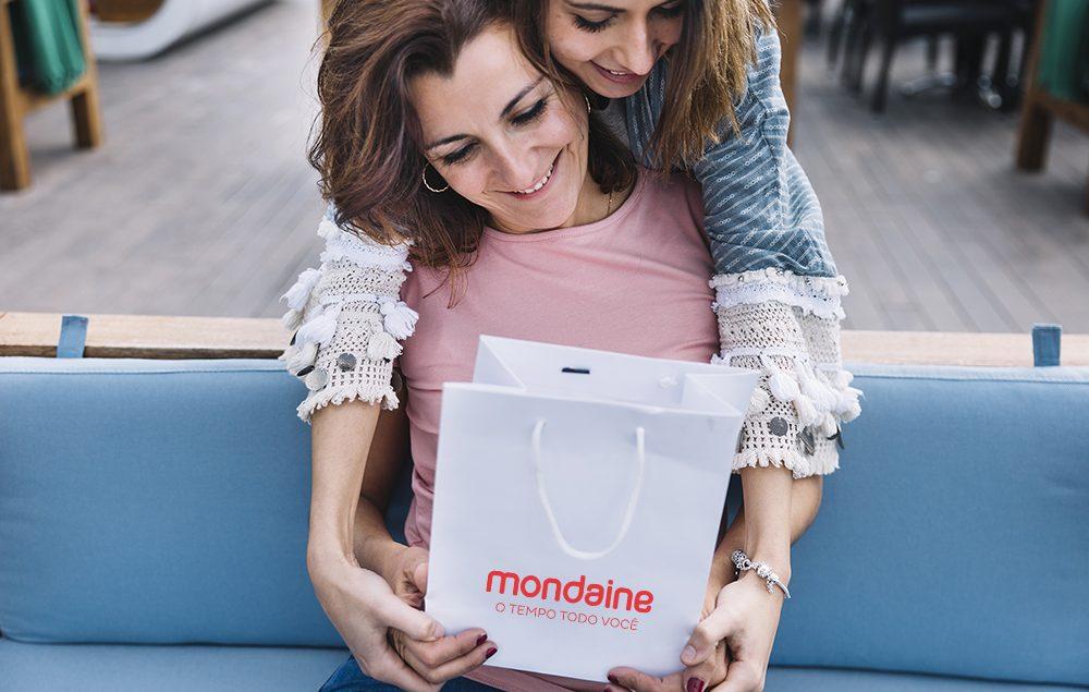 capablogdiadasmaes2 1000x635 - Presente para o Dia das Mães: 5 relógios para mulheres estilosas