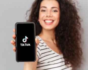 capablogmondaine 348x278 - O Tik Tok é a rede queridinha da vez. Saiba como usar!