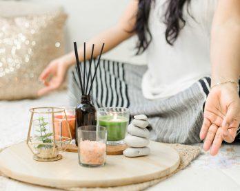 Cheirinho bom como escolher velas aromáticas incensos e difusores 348x278 - Cheirinho bom: como escolher velas aromáticas, incensos e difusores?