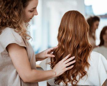 cortesdecabelo2021 348x278 - Hairstyle: tendências de cortes de cabelo feminino 2021