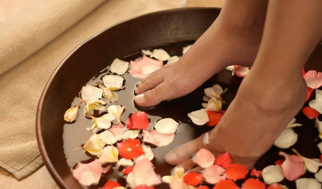 tratamentocaseiroparaospes1 1080x635 - Ritual relax: tratamentos caseiros para os pés