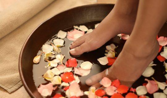 tratamentocaseiroparaospes1 540x317 - Ritual relax: tratamentos caseiros para os pés